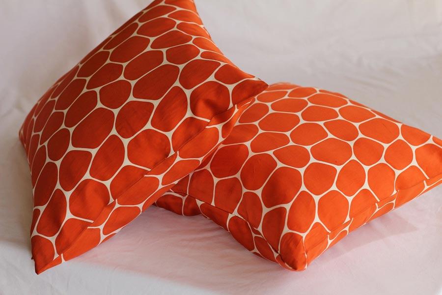 Kissen orange mit Füllwatte Softfüll